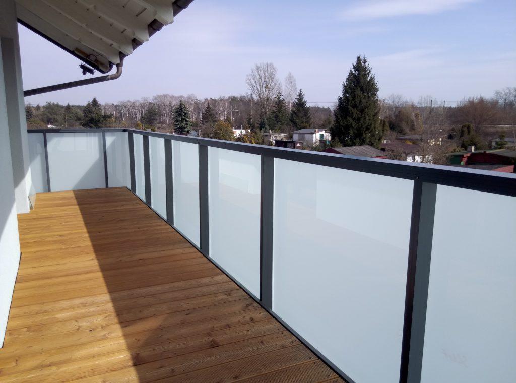 Balustrada na balkonie